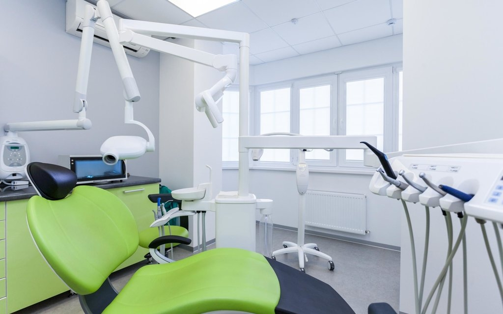 Uzmanlar  Dental Clinic